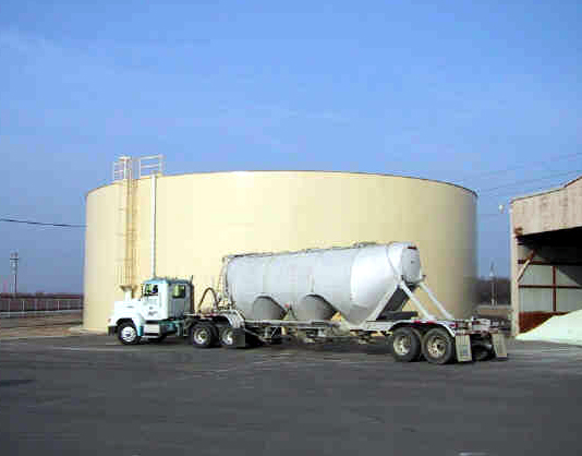 1 million gallon storage tank for Terra Nitrogen.